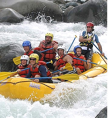 White Water River Rafting in de Chiriqui Viejo met Mirador Adventures